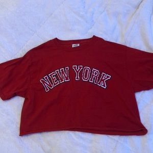 Tops - Red cropped new york t shirt